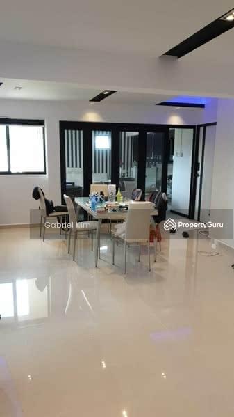 317 Jurong East Street 31 #129576550