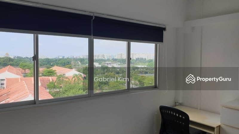317 Jurong East Street 31 #129576552
