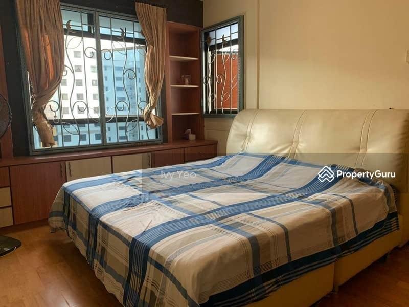 664A Jurong West Street 64 #129622130