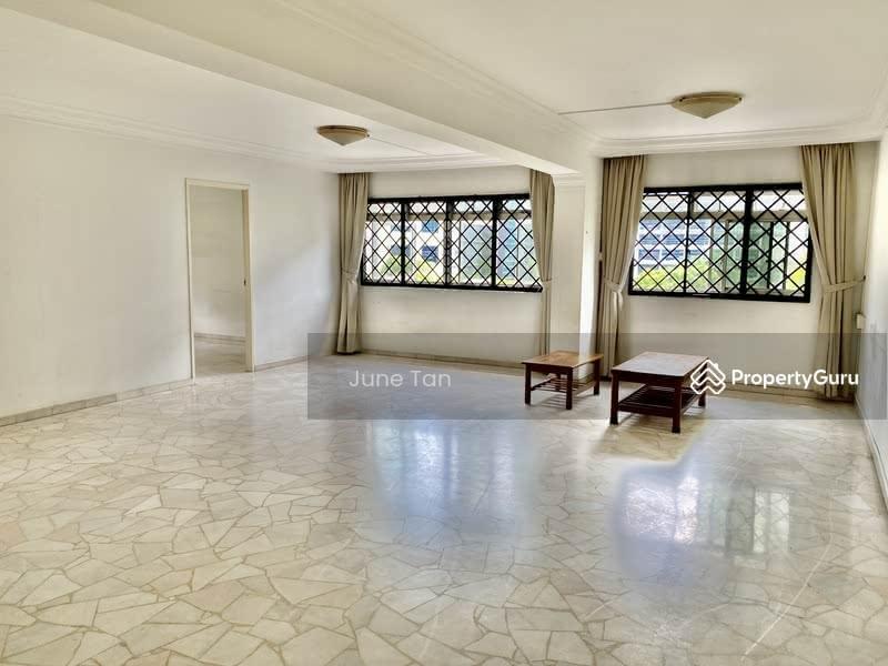 Super spacious living space