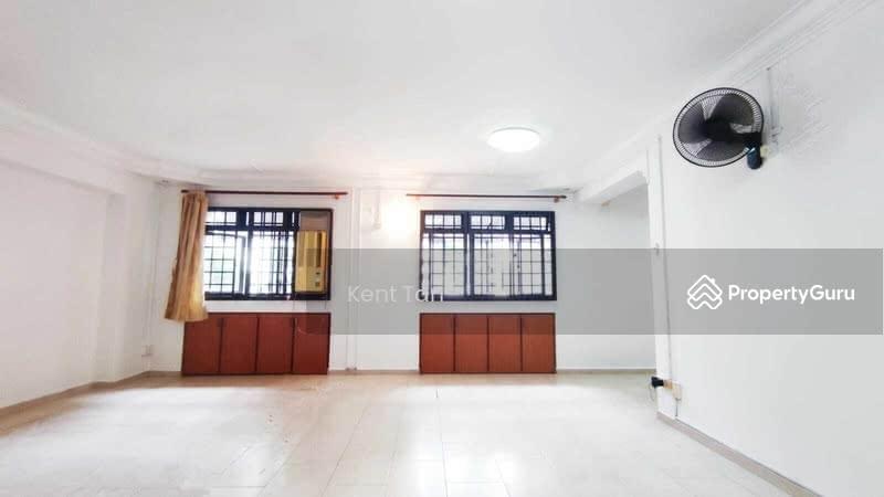 288A Jurong East Street 21 #130054282