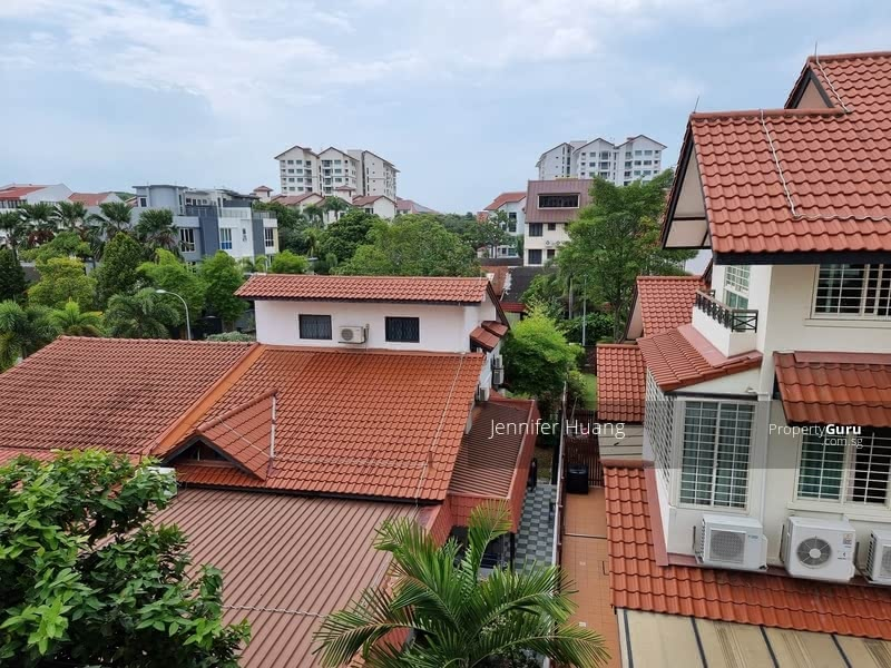 Semi-D within mins to MRT @ East View Garden #129633692