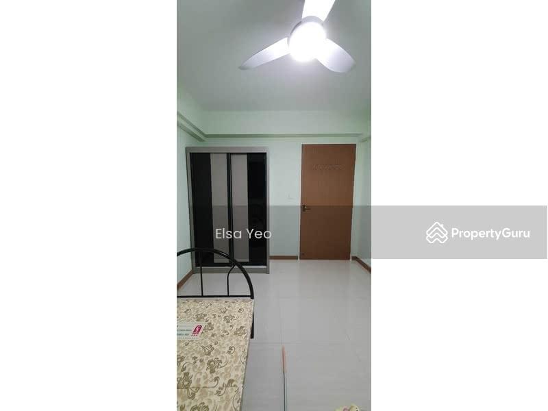 376B Hougang Street 32 #129635410