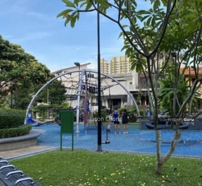 ✨✨Rare Location! Large Land Size! Opposite Mall! #129651852