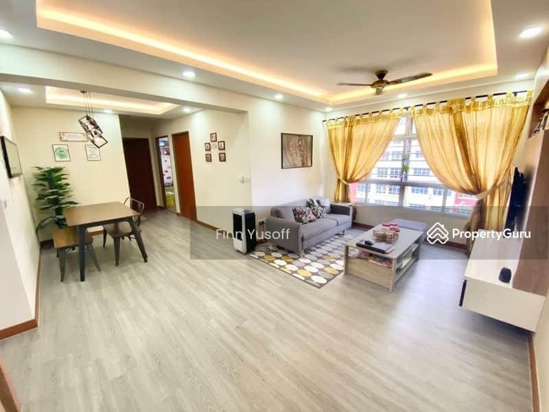 811B Choa Chu Kang Avenue 7 #129658960