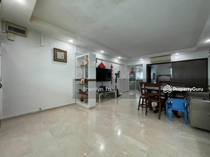 274 Tampines Street 22 #129696002