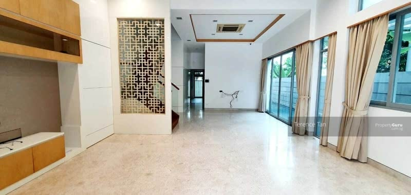 ⭐⭐Rare Buy @ $5.xxM Only, Move-In Semi-D at D11!  1KM to ACS, Mt Pleasant & Newton MRT! #129720318
