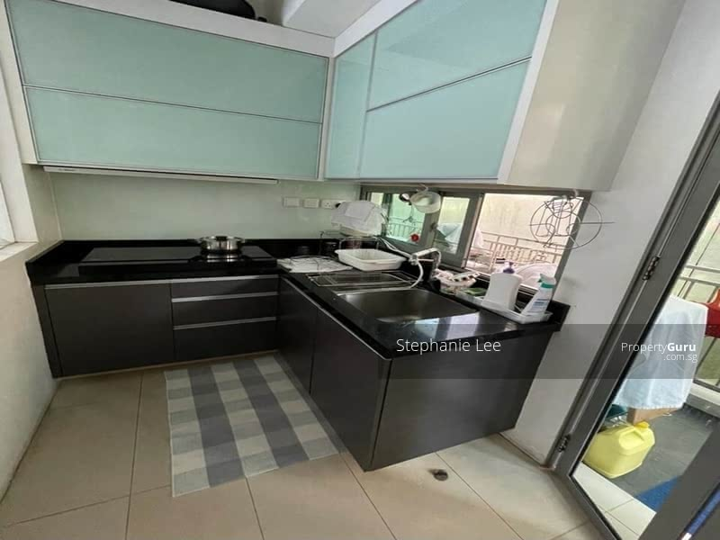 Enclosed & ventilated Wet Kit with Top & Bottom Kitchen cabinet/storage