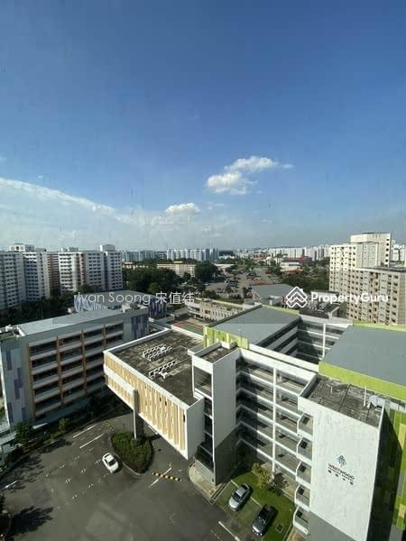739 Jurong West Street 73 #129771080
