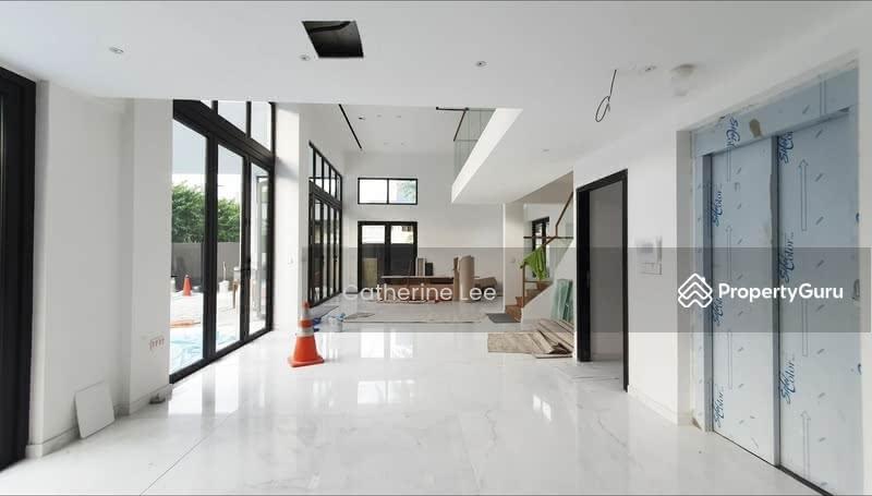 Top soon! Brand new Bungalow Charlton lane near Kovan MRT Serangoon NEX #131272720