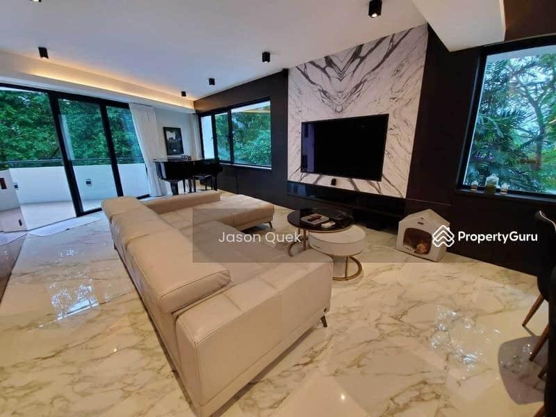 Jade Mansion #129795206