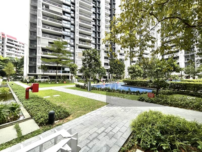 The Lakefront Residences #129826404