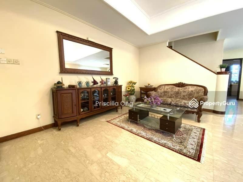 Mera Terrace #129872896