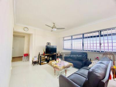 For Sale - 405 Admiralty Link