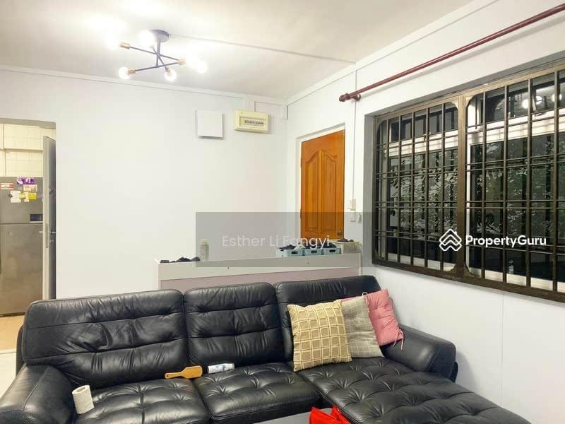 668D Jurong West Street 64 #129892060