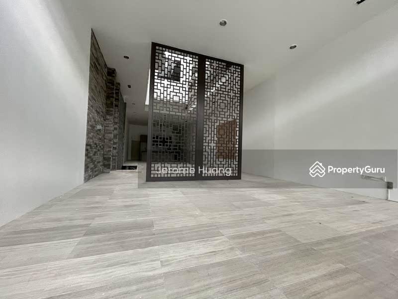 ⭐Star Buy ⭐Charming 2. 5 Storey Terrace ⭐D13 Near Mattar MRT / Happy Ave East⭐Eminence Landed⭐ #130011852