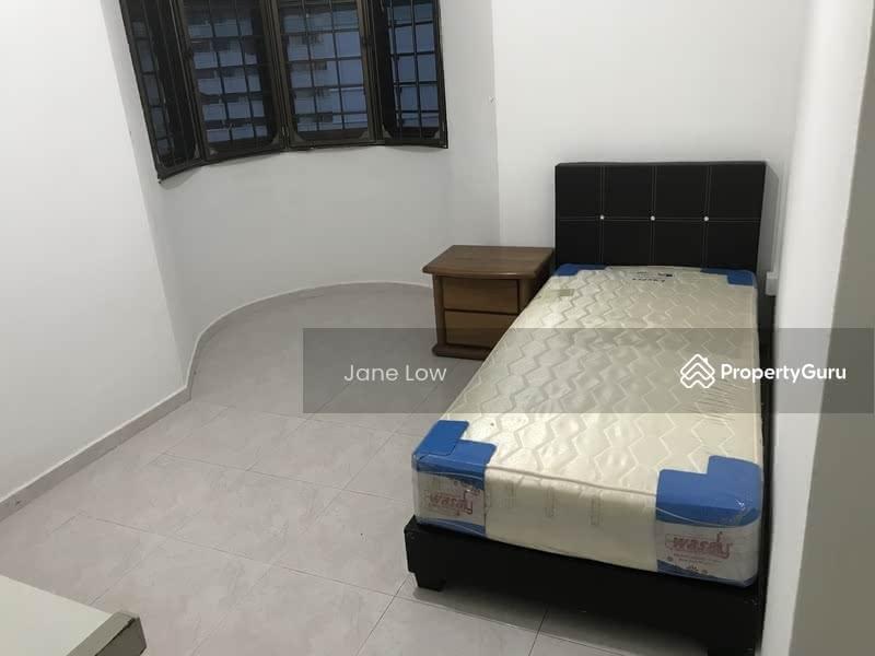 333 Sembawang Close #129950898