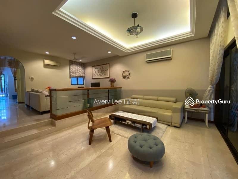 Lorong Chuan #129960490