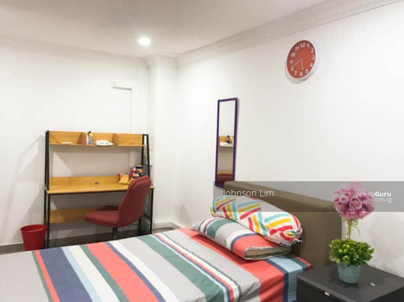 Common Room In Semi-D @Lorong Chuan #130327854
