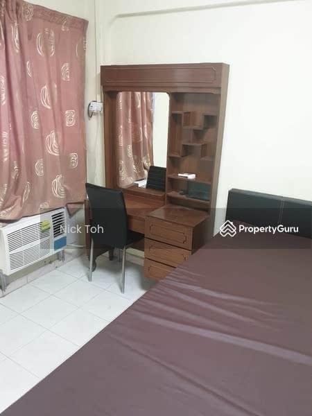 520 Hougang Avenue 6 #130056518