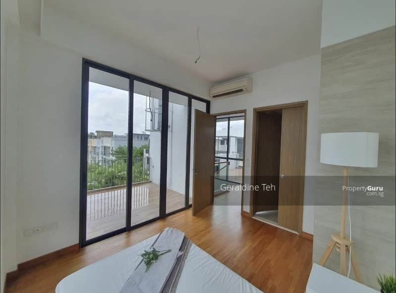 BRAND NEW 3 STOREY LANDED LIVING WALKING DISTANCE TO MRT #130035170