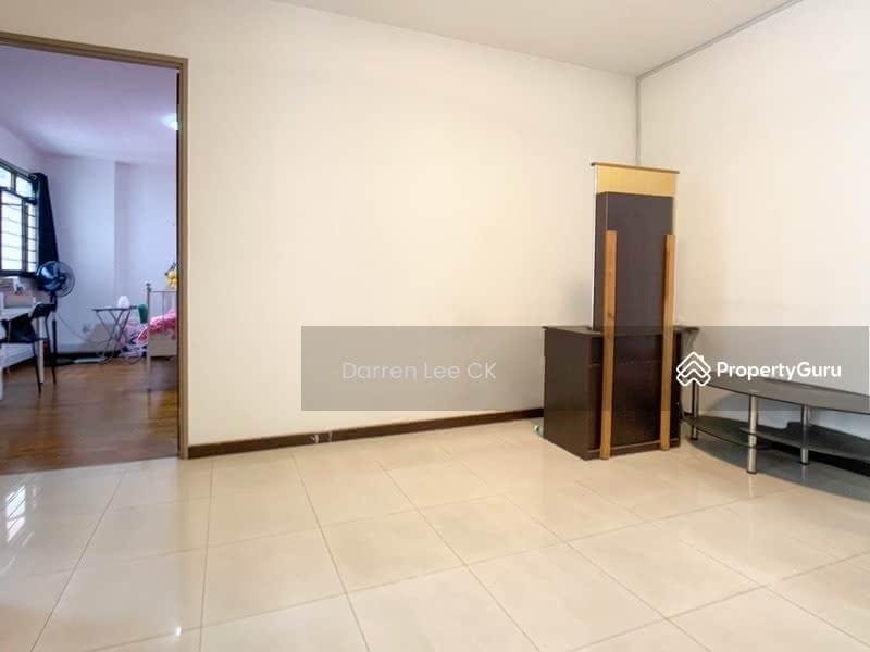 677A Jurong West Street 64 #130035490