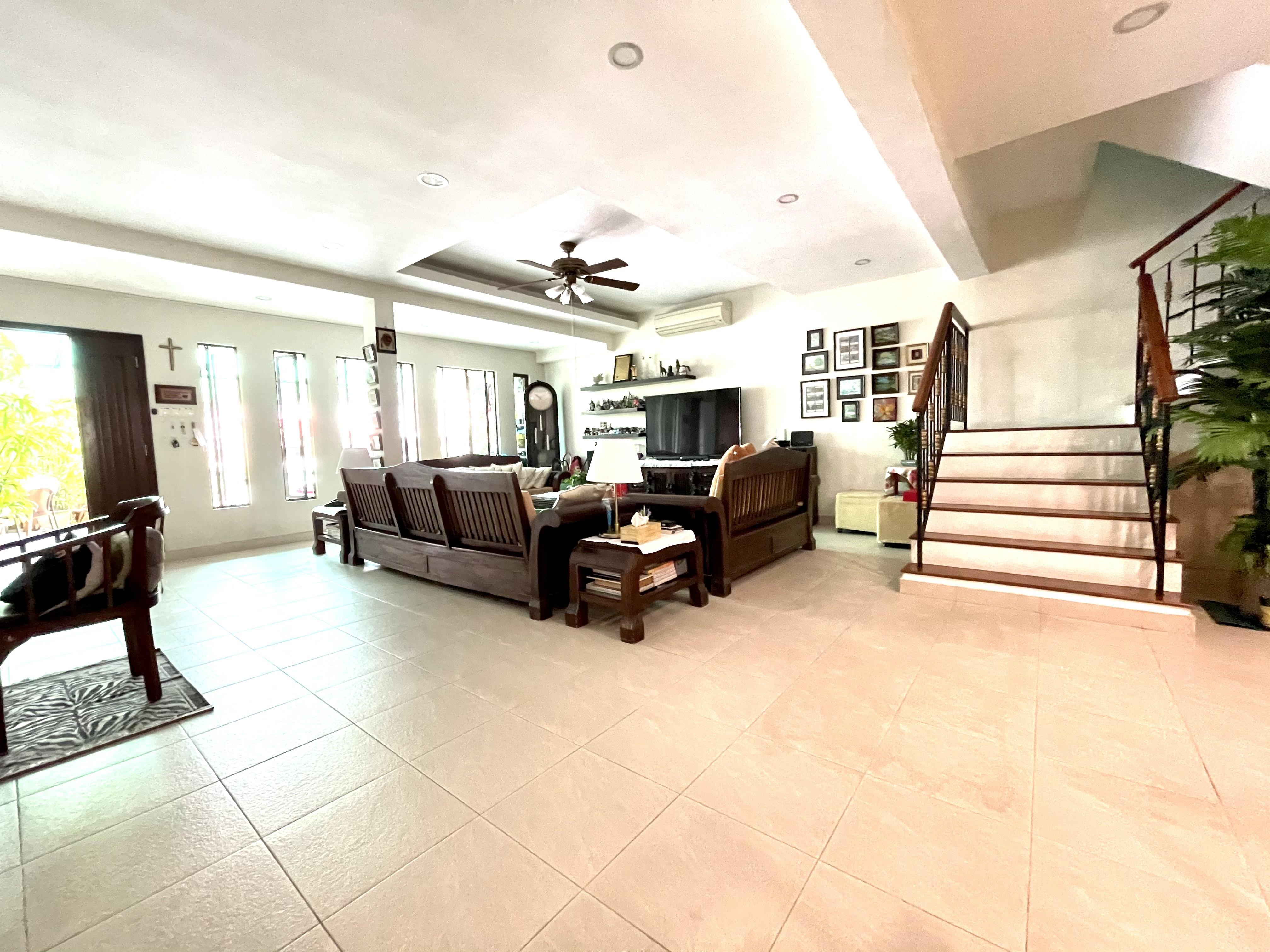 Upper Paya Lebar, Bartley, Serangoon vicinity renovated Terrace #130042030