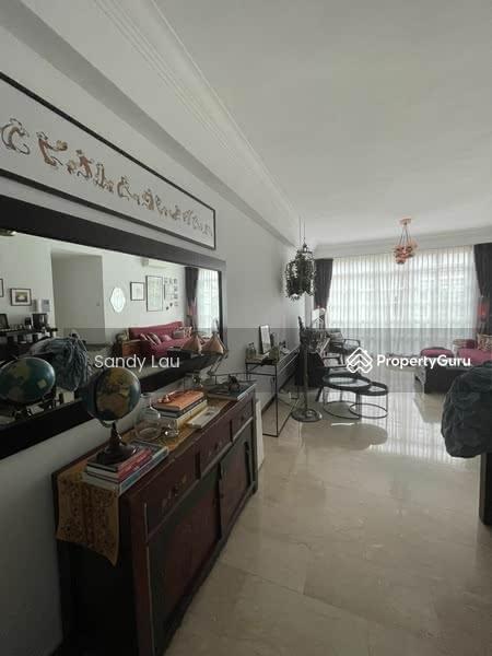 Villa Martia #130049688