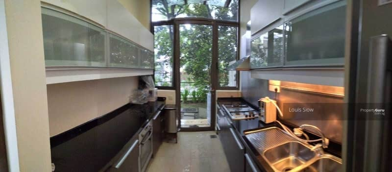 D11 Cluster House within 1 KM to ACS at only $872 PSF #130051678