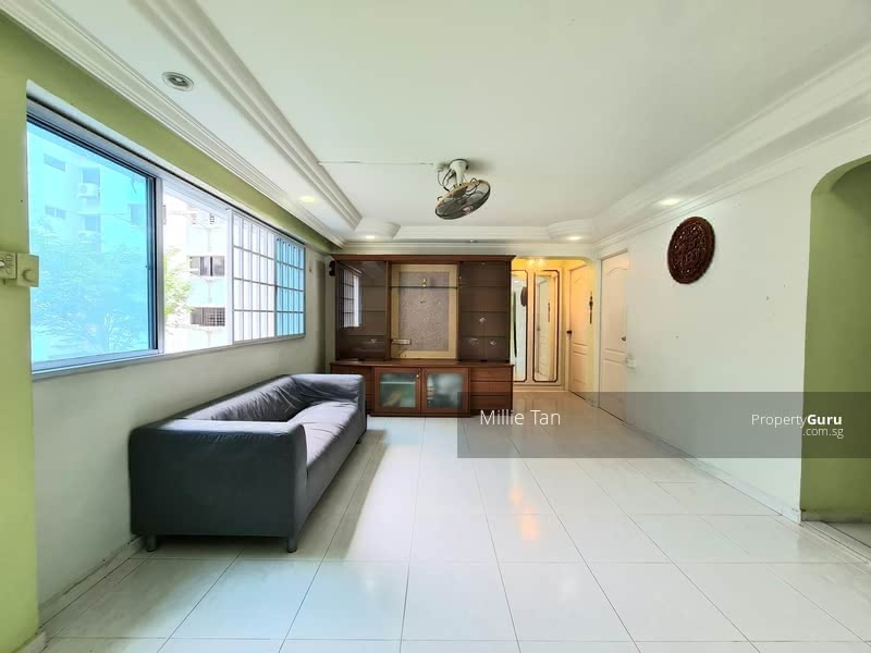 677 Hougang Avenue 8 #130066336