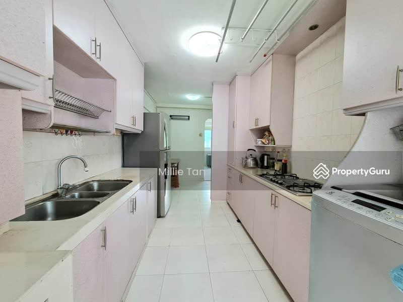 677 Hougang Avenue 8 #130066338