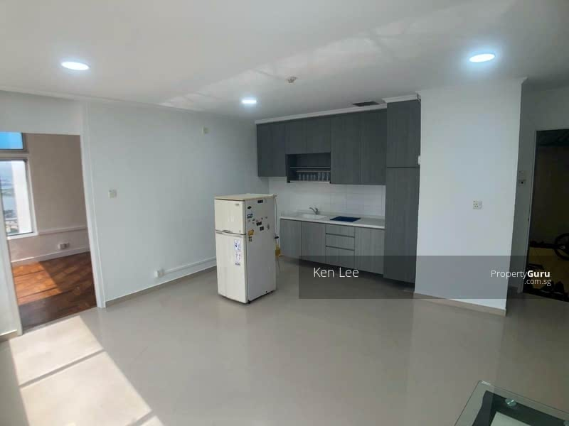 FUNCTIONAL LIVING / DINING
