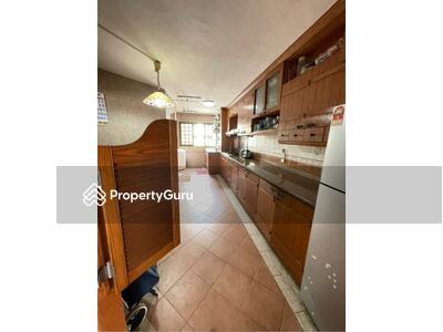 For Sale - 210 Yishun Street 21