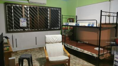 For Rent - Master Room @ 895A Tampines Street 81