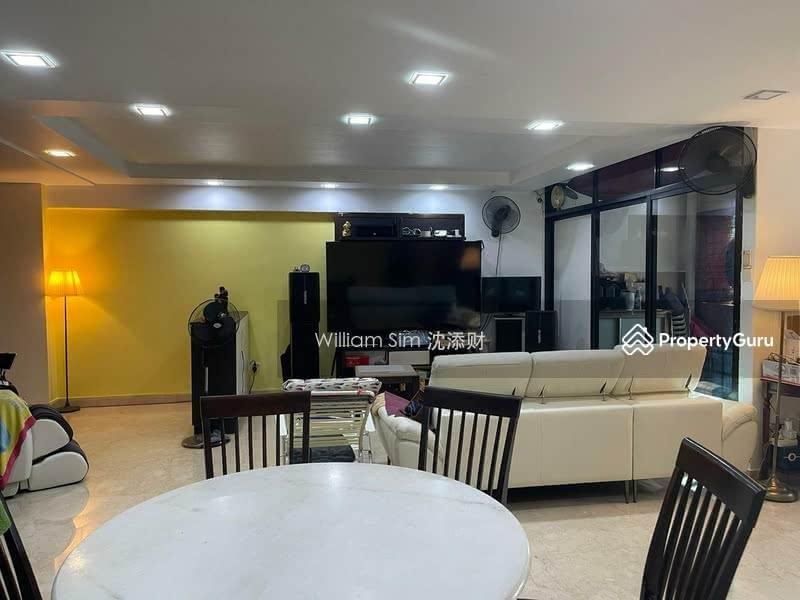 627 Jurong West Street 65 #130301140
