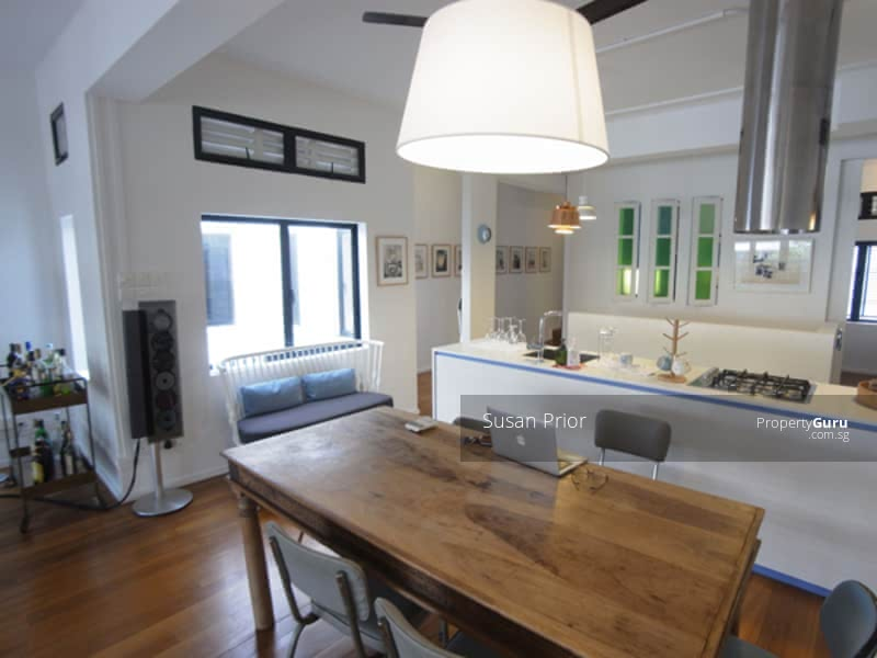 Tiong Bahru Must Have… Gotta Have… 1035sf Open Kitchen/ Balcony #130321424