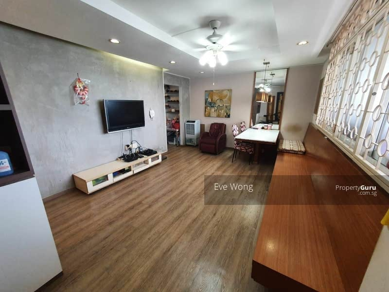 For Sale - 606 Hougang Avenue 4