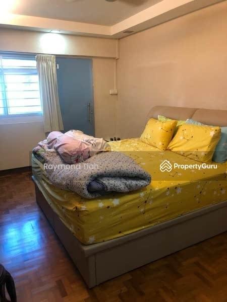 102 Hougang Avenue 1 #130370030