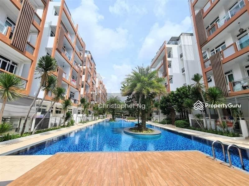 *Penthouse For Sale Singapore* Woodlands Large Balcony #130385418