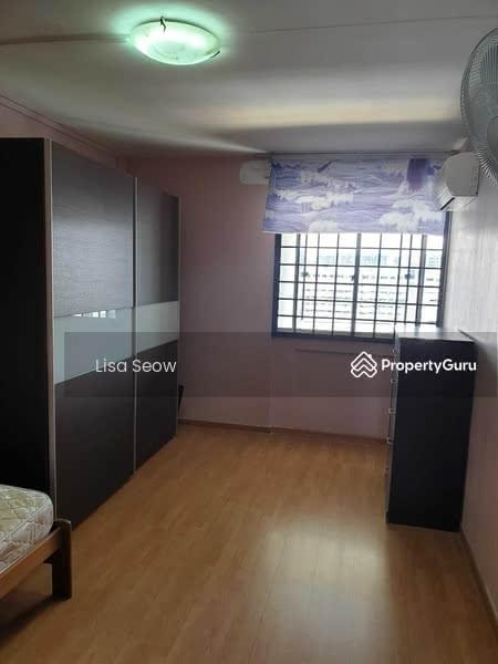 526 Hougang Avenue 6 #130394154