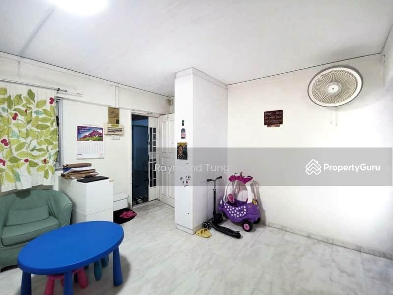 Entrance / Foyer Area