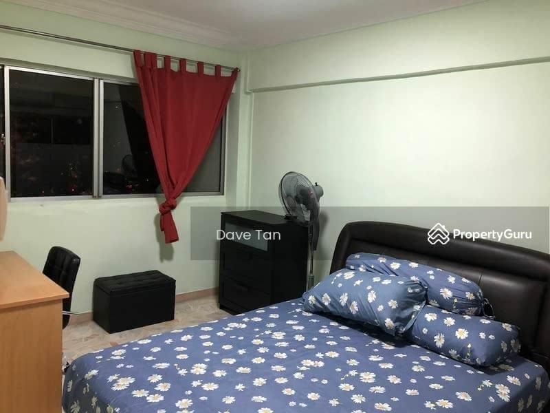 317 Jurong East Street 31 #130410428