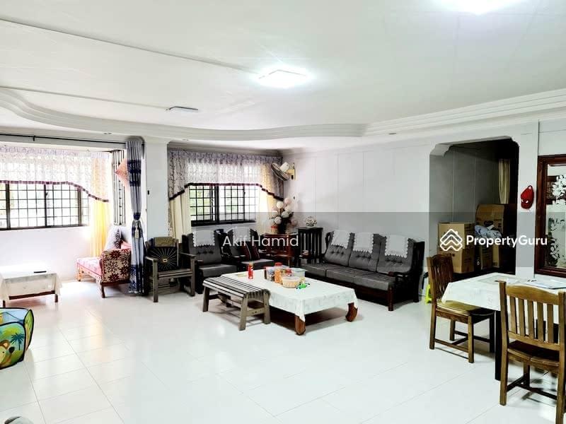 285A Toh Guan Road #130486594
