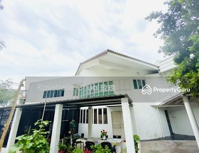 For Sale - D19 Original 2 Storey Corner-Terrace @ Realty Park