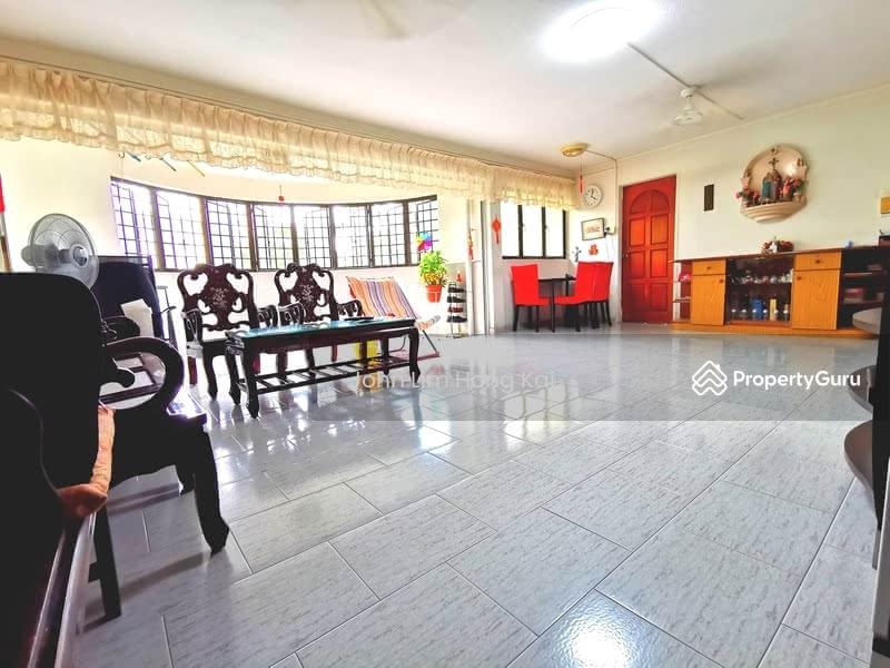 657 Hougang Avenue 8 #130504910