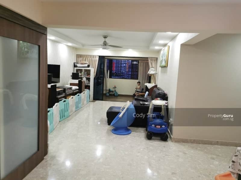 For Sale - 351 Hougang Avenue 7