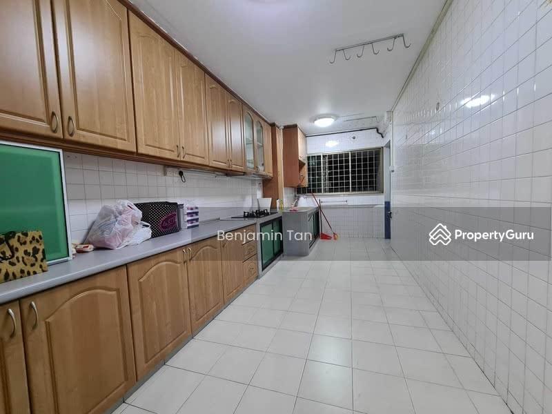 695 Hougang Street 61 #130622134