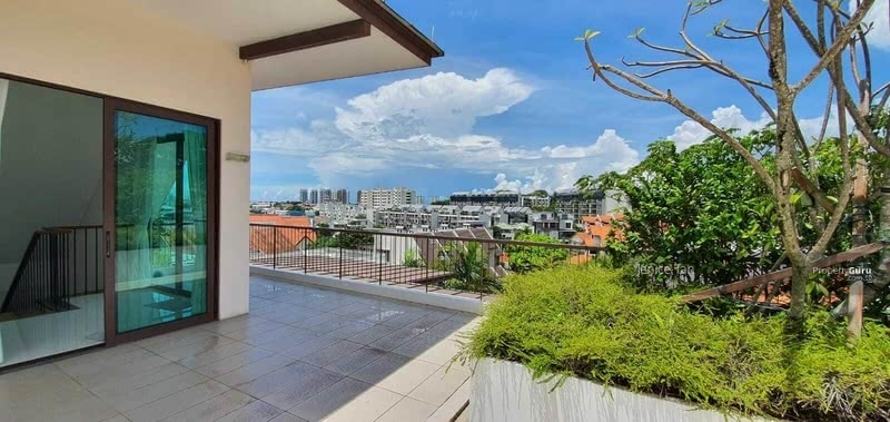 For Sale - HILLTOP VIEW Overseeing whole estate! District 15 Linked Bungalow $6. xM! Pack luggage and move in!