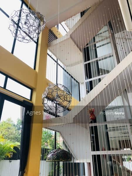 ⭐⭐LANDED7772@FULLY RENOVATED WITH LIFT AT GOLDEN RISE ESTATE, HURRY! #130852592