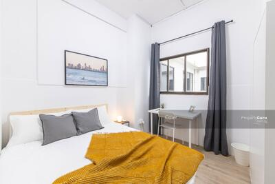 For Rent - 462 River Valley Road *FULLY FURNISHED COLIVING BUILDING* *super central location*